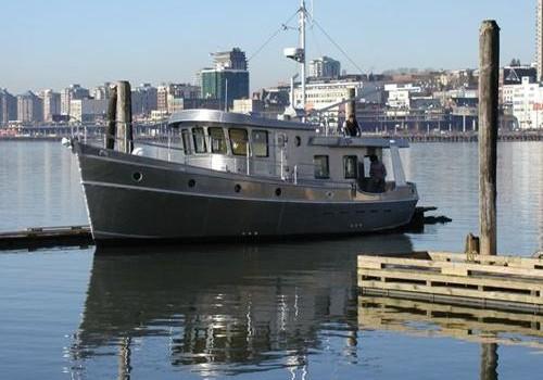 Pleasure Boat Power – John Deere Marine Propulsion Engine